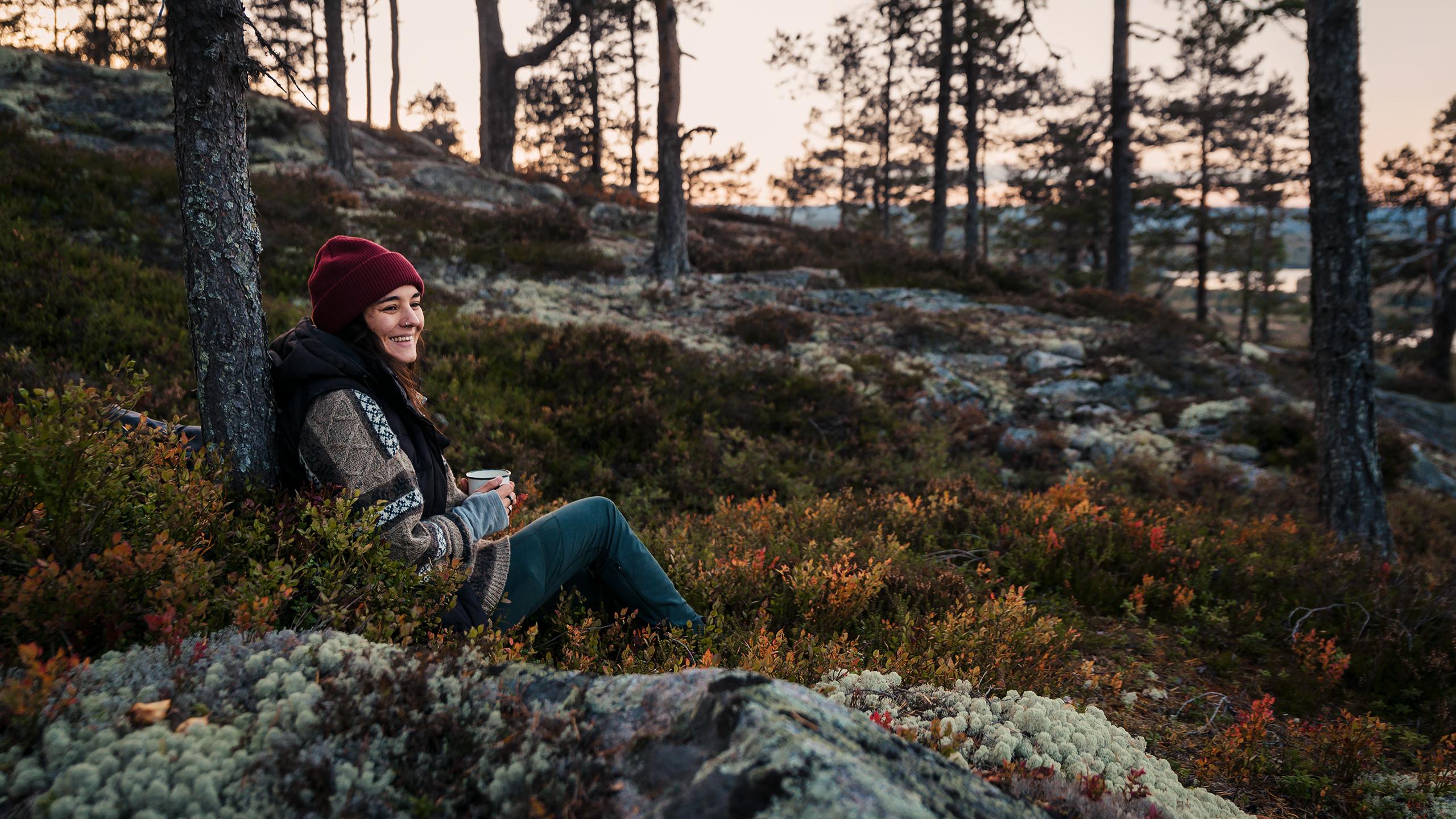 Skog, utflykt, vandring, fika, friluftsliv, höst, tallskog, fikapaus, matsäck,