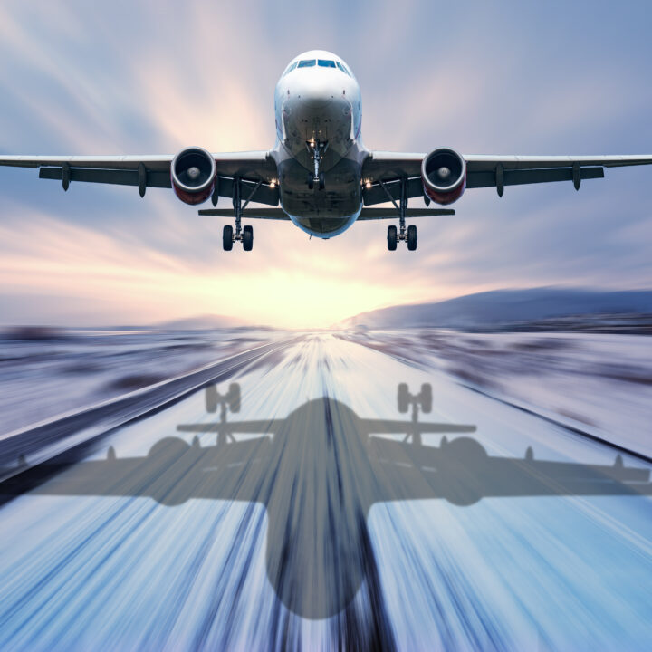 Flygets klimatpåverkan: Flygplan lyfter
