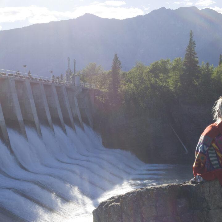 vattenkraft, tjej, energi, vatten, solig, natur, träd, berg,