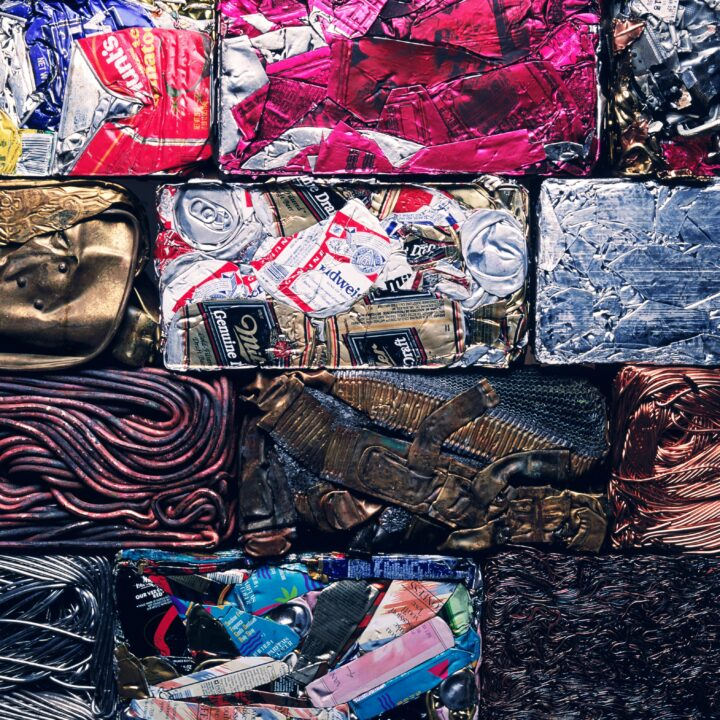 konst, metallsamling, färger, natur, miljö, röd, blå, återvinning