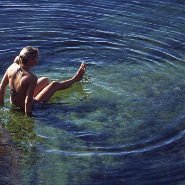 östersjön,strand,klippa,kvinna,hav