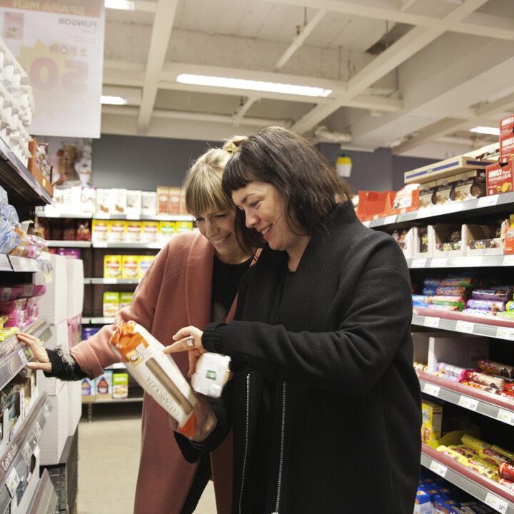 butik,palmolja,fisk,kött,frukt,livsmedelsbutik,godis,plastkassar,plastkasse