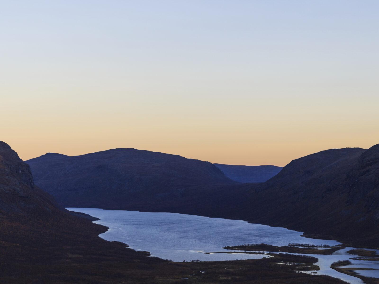 Abisko,svart,solnedgång,berg,moln,kväll,solnedgång