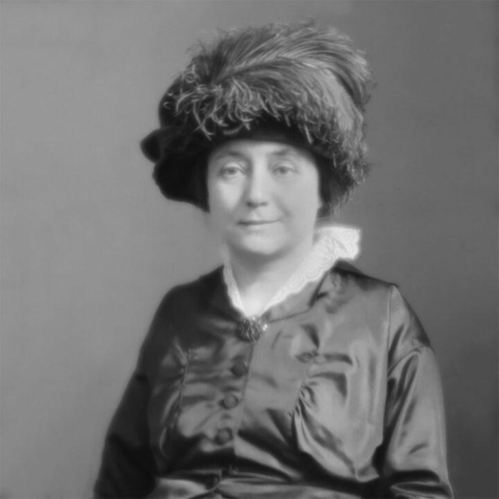 Anna Lindhagen, porträtt