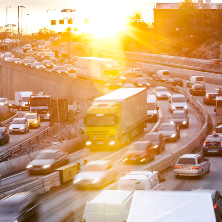 resa,trafik,stockholm,sol,bilar,